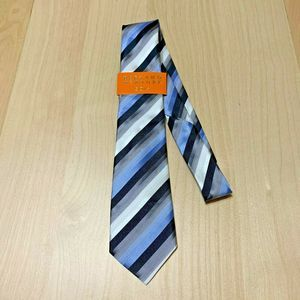 BERGAMO NEW YORK hand made blue gray boy tie NWT